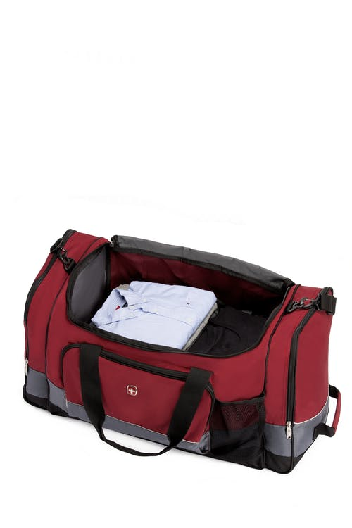 """SWISSGEAR 9000 26"""" Apex Duffel Bag Spacious main compartment"""