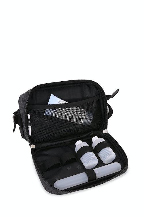 Swissgear 2612 Dopp Kit Bottom zippered compartment