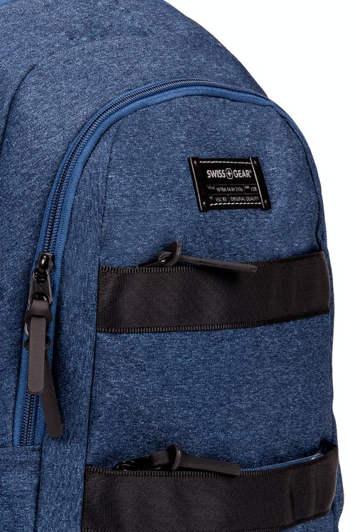 SWISSGEAR 2732 Laptop Backpack Two front zippered pockets