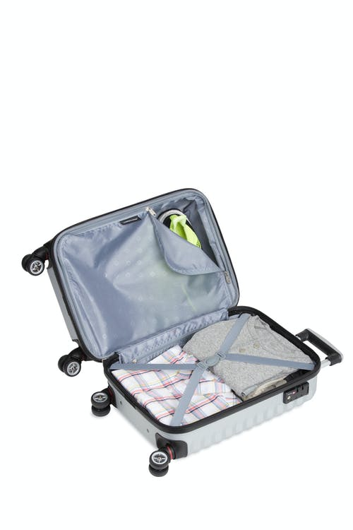 "SWISSGEAR 3230 18"" Expandable Hardside Luggage - Open View"