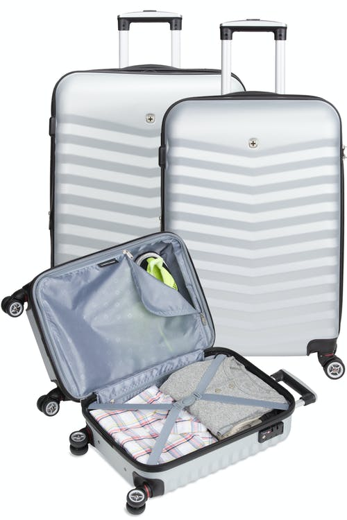 "SWISSGEAR 3230 Expandable Hardside Luggage 3pc set contains the 18"", 24"" and the 27"" Expandable Luggage"