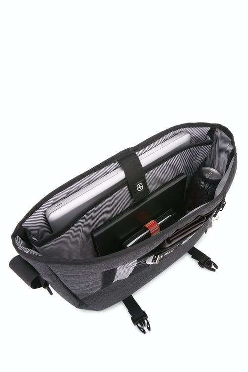 "Swissgear 5302 Getaway Messenger Bag - Designed to hold up to a 15"" laptop"