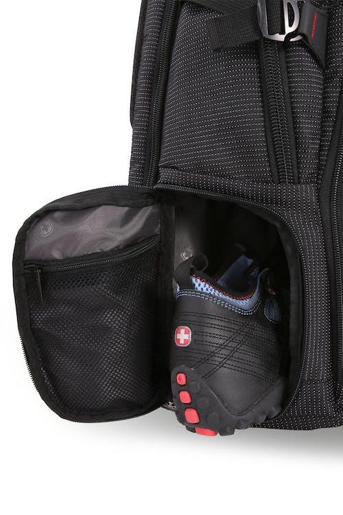 "SWISSGEAR 5358 18.5"" Scansmart Flip up shoe compartment"
