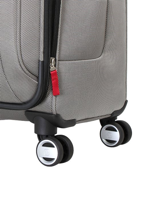 """Swissgear 6305 Zurich 28"""" Expandable Luggage eight-wheel system"""