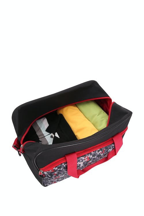Swissgear 6326 Boys Digicraft Duffel can hold up to a 3-day packing capacity