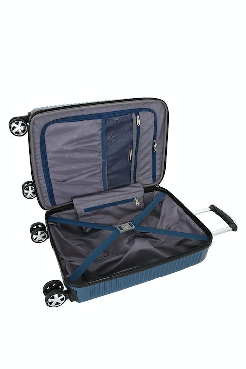 "Swissgear 6399 18"" Expandable Hardside Spinner Luggage - Open View"