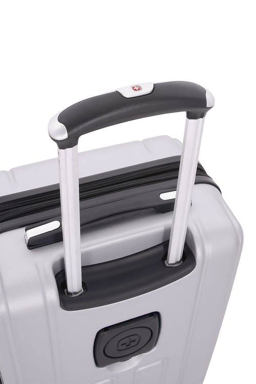 "SWISSGEAR 6399 18"" Expandable Hardside Spinner Luggage - Telescopic Handle"