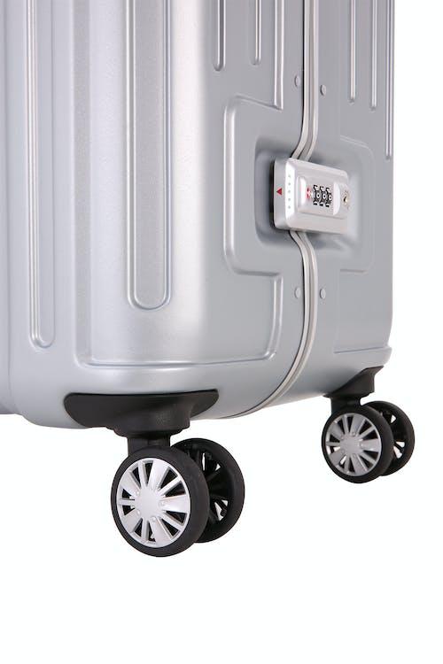 """SWISSGEAR 6595 19"""" Spinner Hardside - Eight 360 degree, multi-directional spinner wheels"""