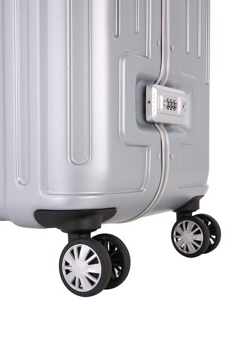 """SWISSGEAR 6595 28"""" Spinner Hardside - Eight 360 degree, multi-directional spinner wheels"""