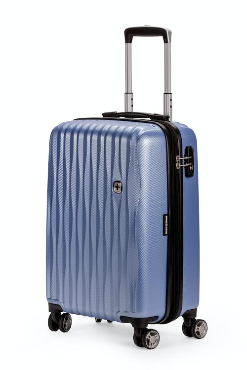 "Swissgear 7272 19"" USB Energie Expandable Carry On Hardside Spinner Luggage - Periwinkle"