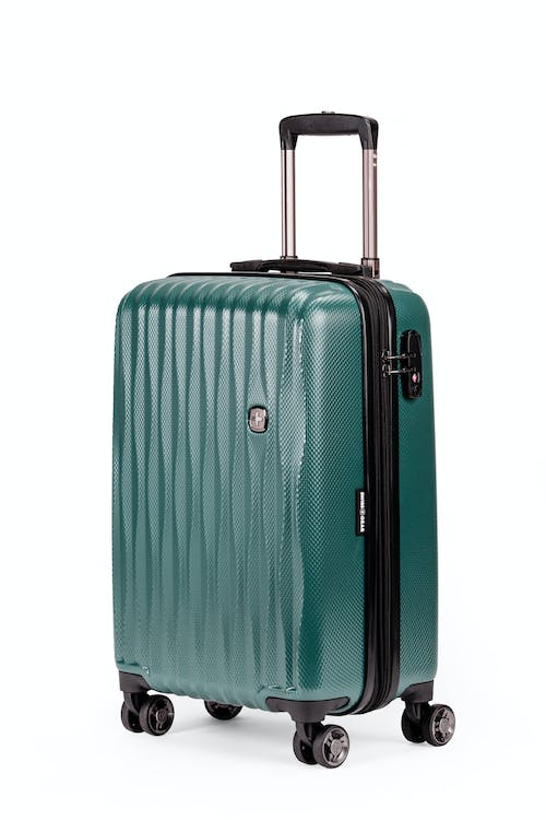 "Swissgear 7272 19"" Energie Hardside w/USB - June bug green"