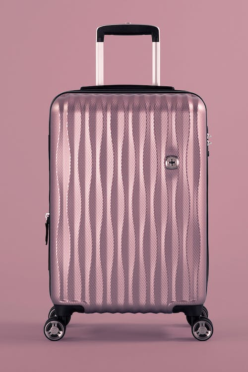 """Swissgear 7272 19"""" USB Energie Expandable Carry On Hardside Spinner Luggage"""