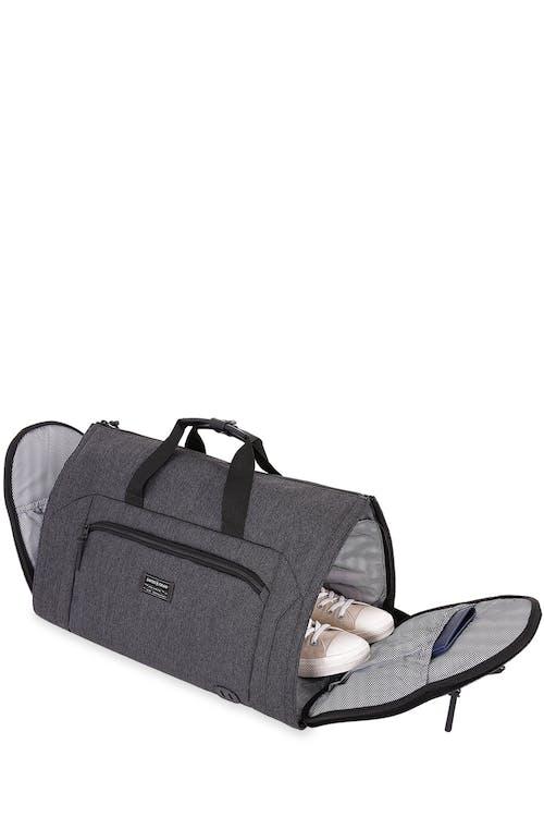 "Swissgear 7638 Getaway 21"" Duffle Additional internal side pockets for shoes"
