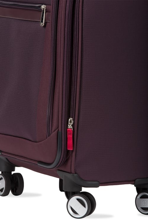 """Swissgear 7760 19"""" 8-Wheel Spinner Expandable for additional packing space"""