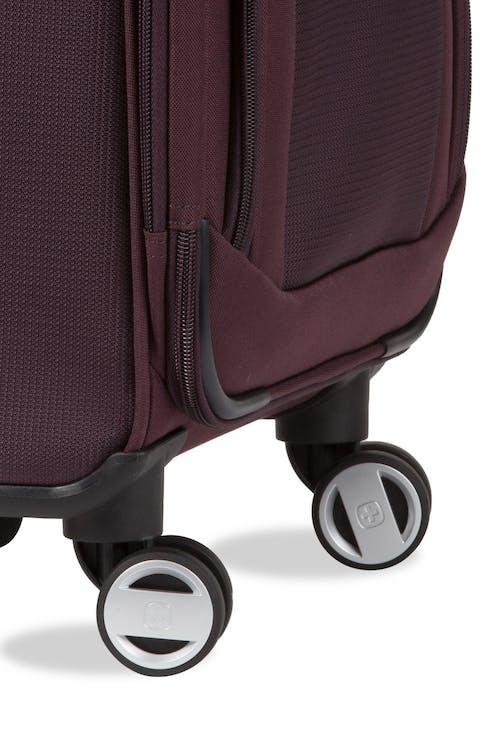 """Swissgear 7760 19"""" 8-Wheel Spinner Eight 360-degree spinner wheels for easy maneuverability"""