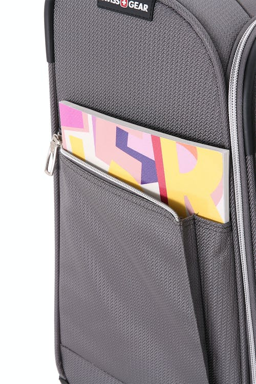 """Swissgear 7850 Checklite 17"""" Liteweight Business Companion Front-access business compartment with padded laptop pocket"""