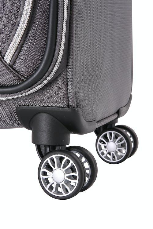 """Swissgear 7850 Checklite 17"""" Liteweight Business Companion Lightweight 8-wheel spinner system"""