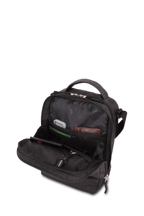 Swissgear 2611 Vertical Boarding Bag Organizer compartment with zippered slip pocket