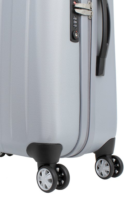 "SWISSGEAR 6151 28"" DELUXE HARDSIDE SPINNER LUGGAGE 360 DEGREE SPINNER WHEELS"