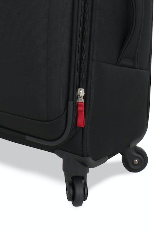 "Swissgear 6208 20"" Expandable Deluxe Spinner Luggage 360 degree, multi-directional spinner wheels"