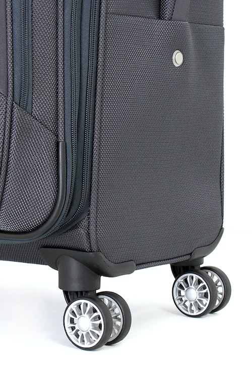 "SWISSGEAR 6281 20"" DELUXE LUGGAGE 360 DEGREE SPINNER WHEELS"