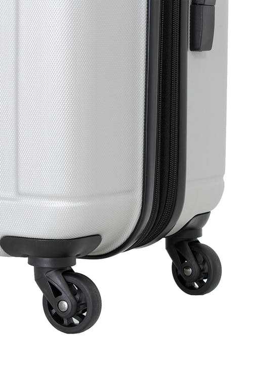 SSWISSGEAR 6297 HARDSIDE SPINNER LUGGAGE 360 DEGREE MULTI-DIRECTIONAL SPINNER WHEELS