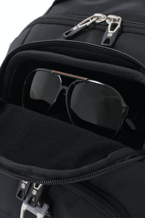 SWISSGEAR 6751 SCANSMART LAPTOP BACKPACK FELT LINED, CRUSH RESISTANT GLASSES COMPARTMENT