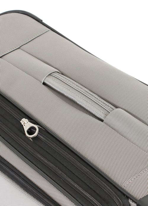 """SWISSGEAR 7211 20"""" EXPANDABLE CARRY-ON SPINNER LUGGAGE TOP HANDLE"""