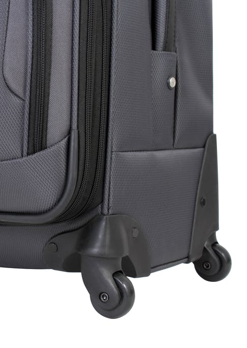 """SWISSGEAR 7297 20"""" EXPANDABLE CARRY-ON SPINNER LUGGAGE 360 DEGREE SPINNER WHEELS"""