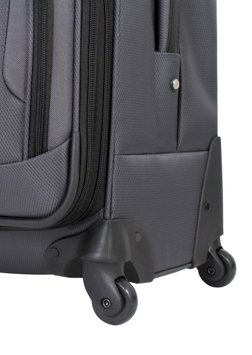 "SWISSGEAR 7297 20"" EXPANDABLE CARRY-ON SPINNER LUGGAGE 360 DEGREE SPINNER WHEELS"