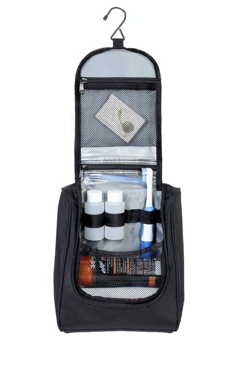 Swissgear Vertical Hanging Toiletry Kit Large Main Compartment With Hanger Hook